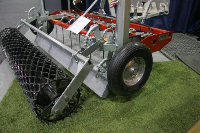 Arena drag ROLL model on display