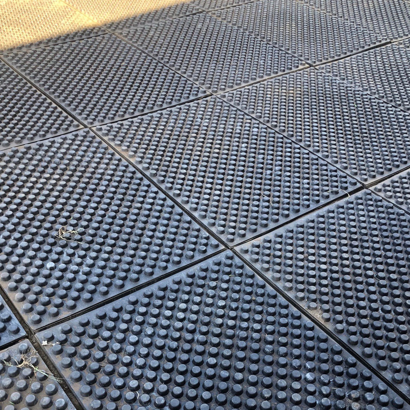 Base mats in turnout with sand