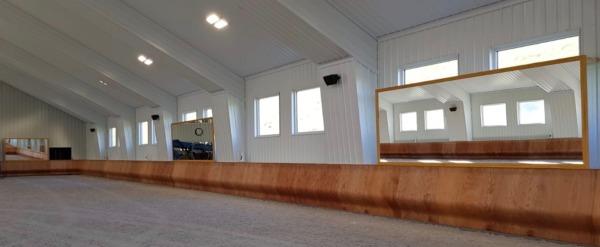 horse arena kick wall long side